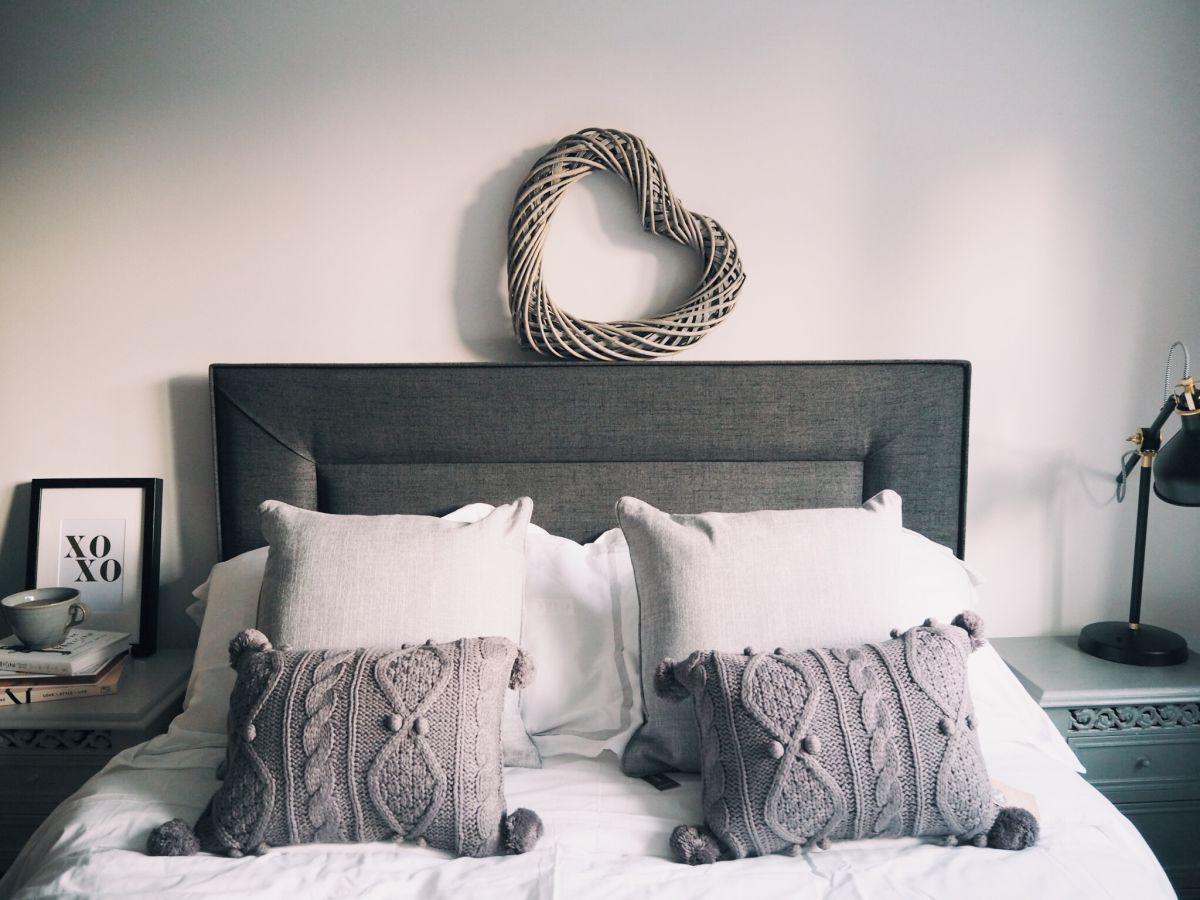 A (very quick) bedroom tour …